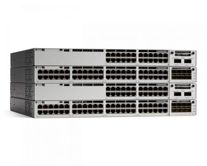 New Cisco C9300-24P-E Catalyst Switch 9300 24-port PoE+ Network Essentials 715W AC